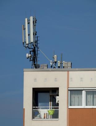 Mobil átjátszó sugárzása